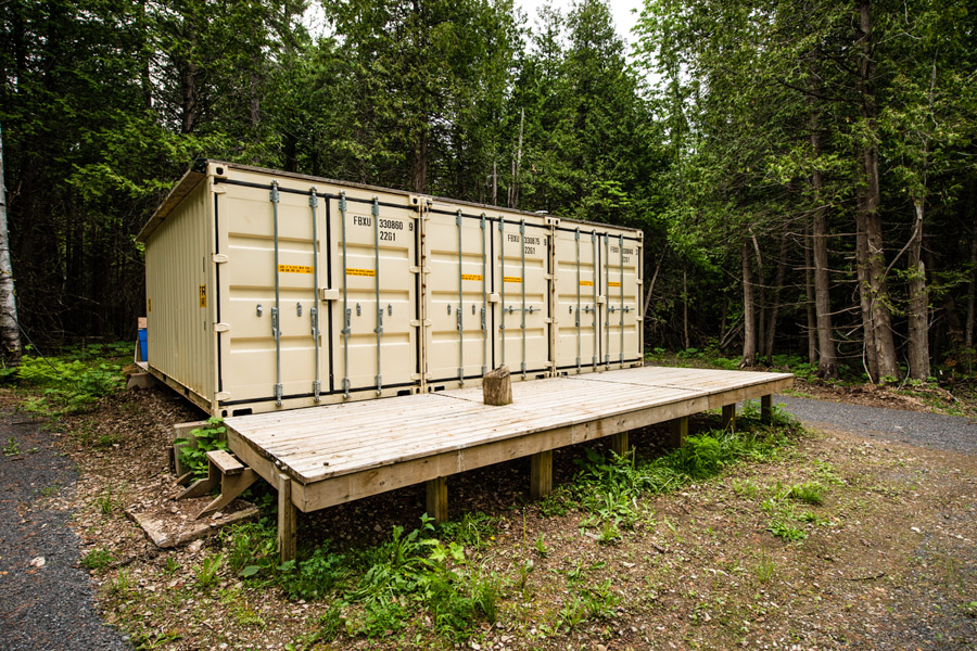8_shipping container house
