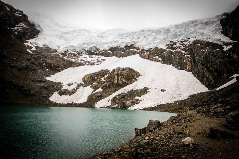 12_school under melting glacier
