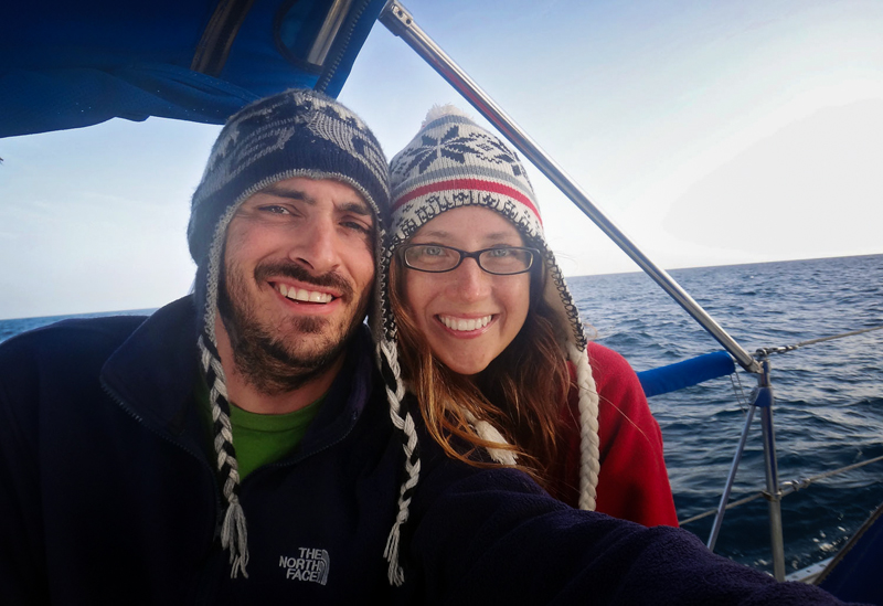 2_Couple Sails around world with their cat