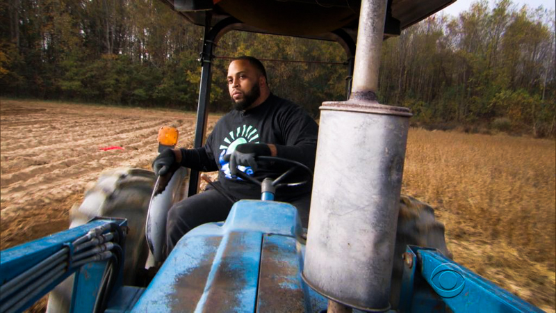 3_NFL Start buys farm and feeds hungry