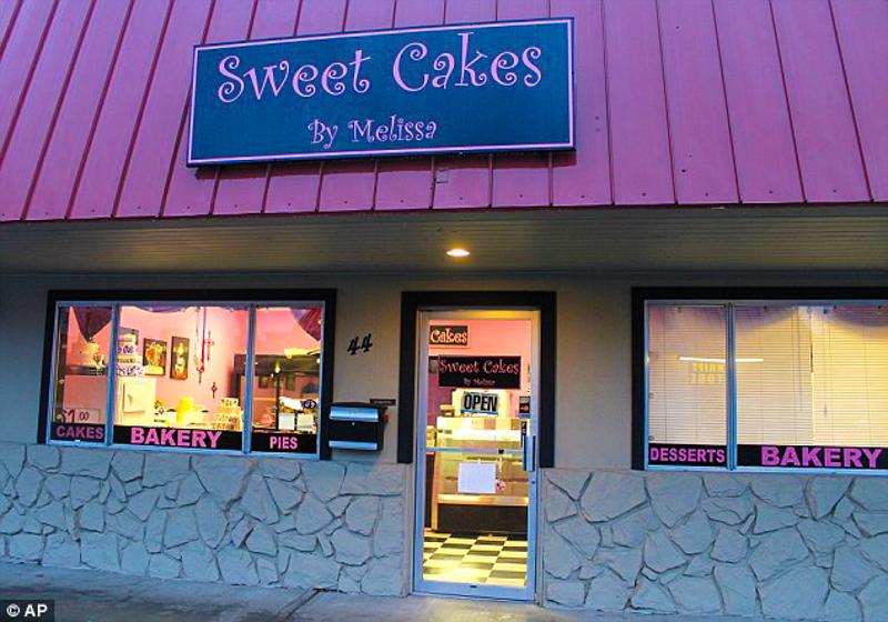 3_Wedding Bakery to pay damages Lesbian Couple