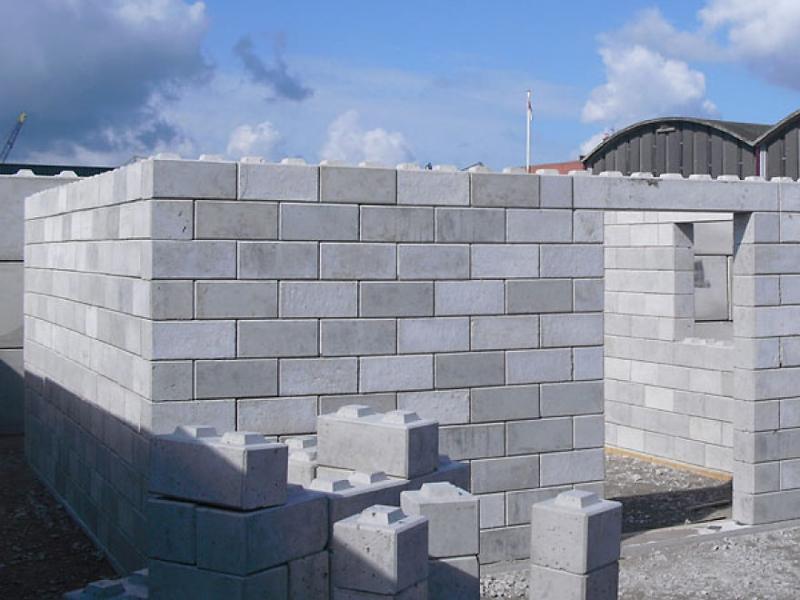 3_disaster debris as lego building blocks