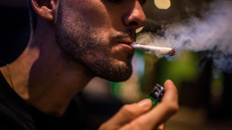 4_18 states allow medical Marijuana
