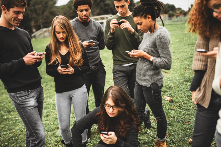4_Social Media Addiction