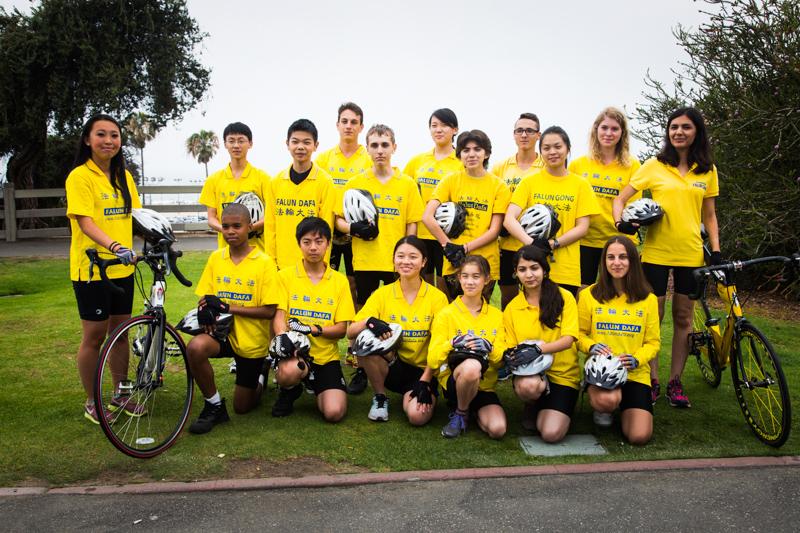 6_25 Teens are biking across America