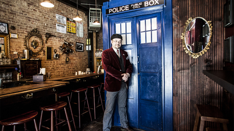 6_dr who themed bar