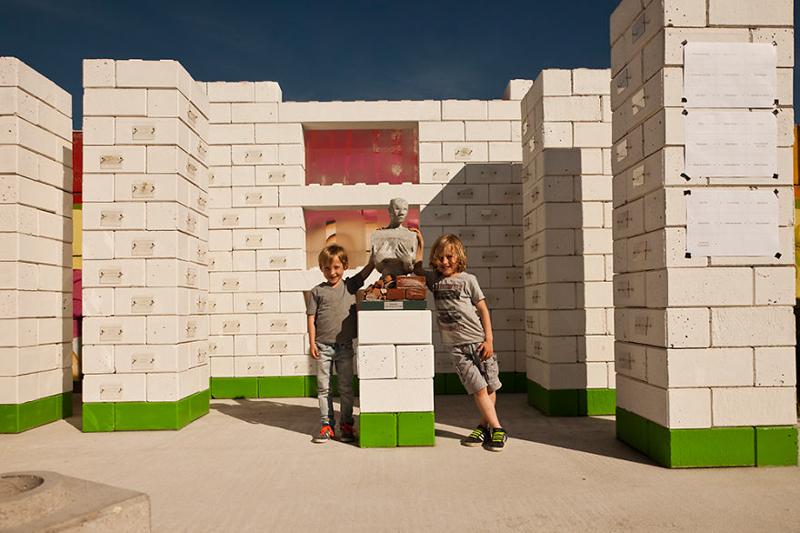 7_disaster debris as lego building blocks