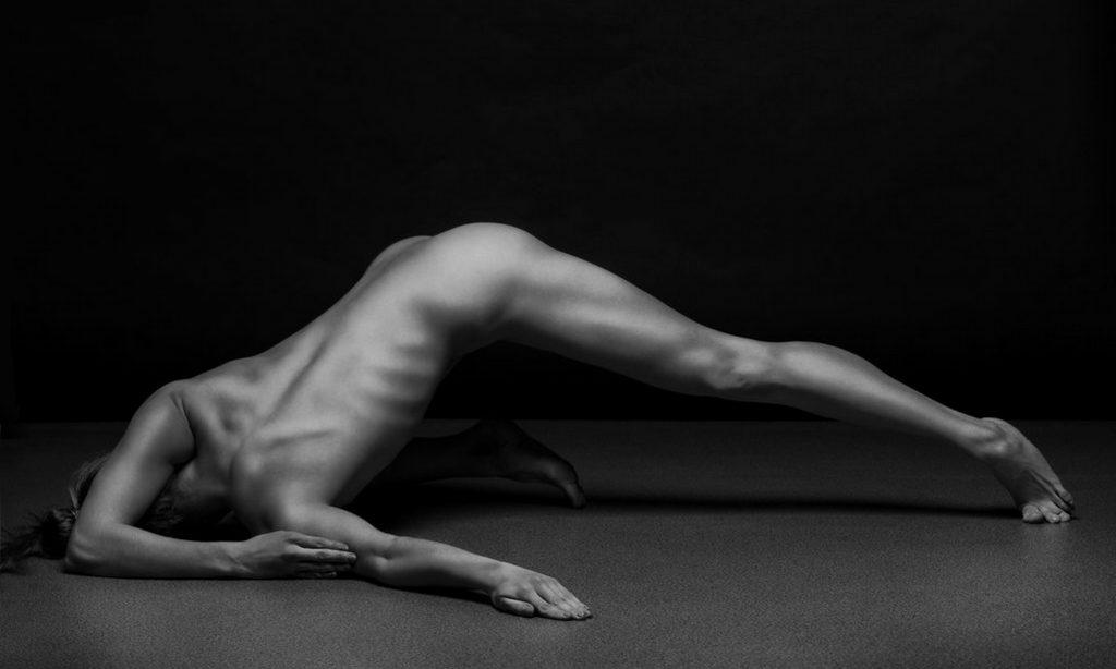12_beauty of female body