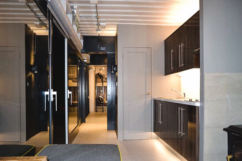 4_shipping container home