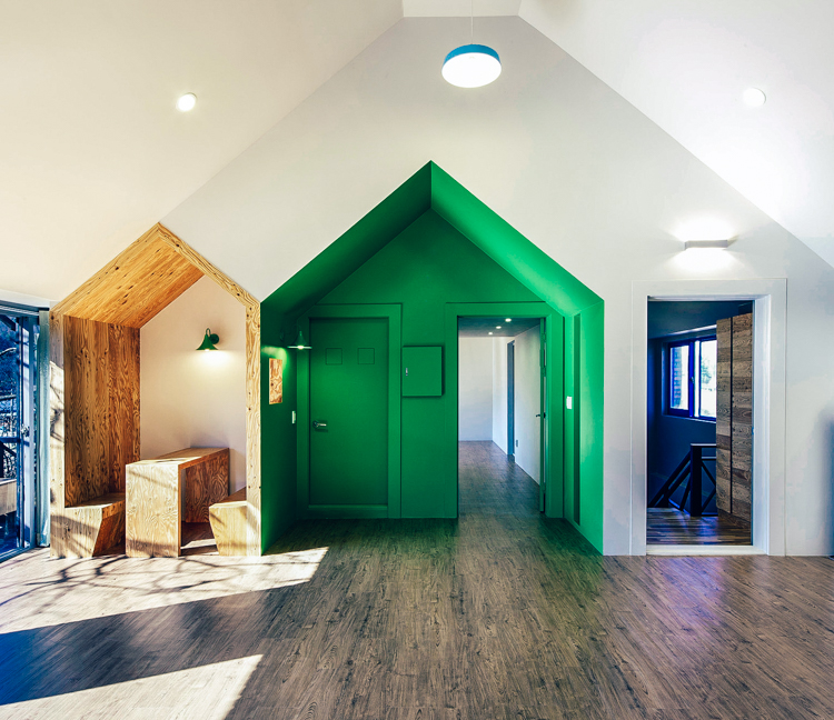 5_Tiny House Mantion for Kids