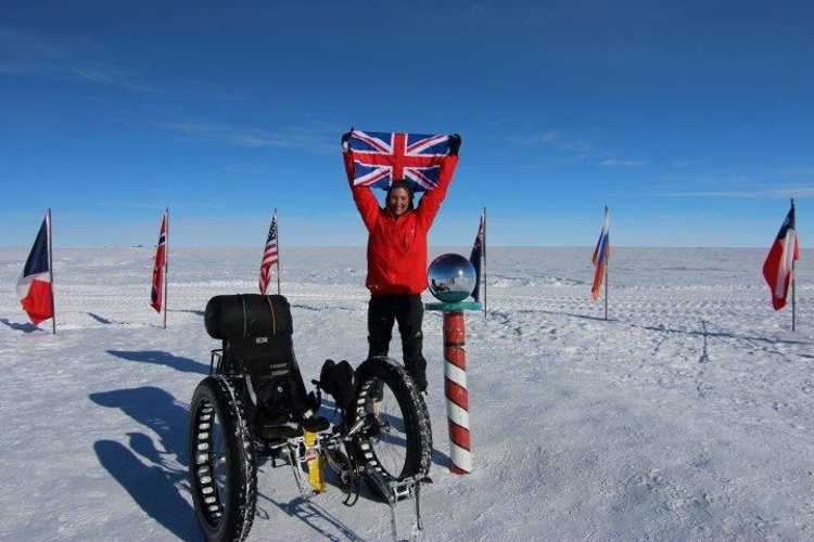 6_cyclist travels to South Pole