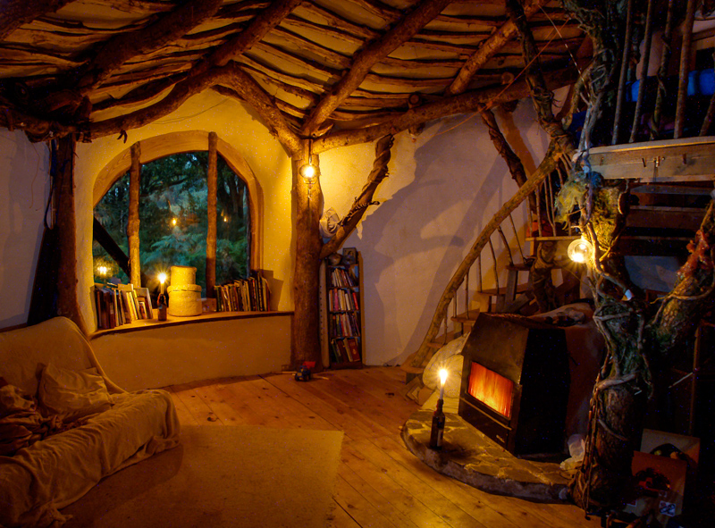 6_family hobbit house