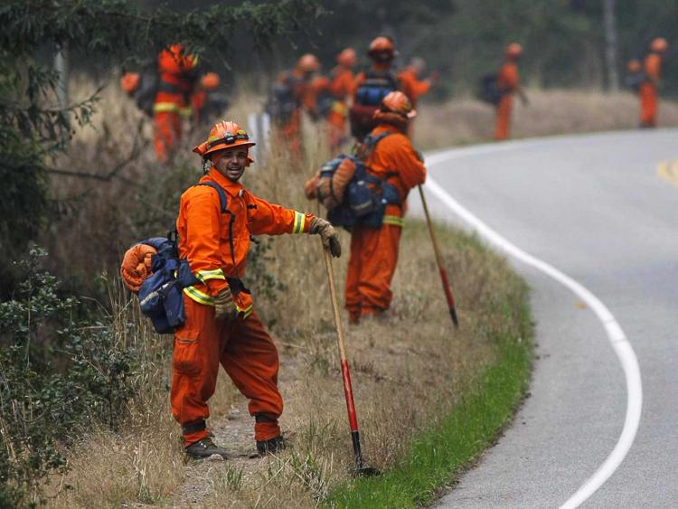 9_california prisoner firemen