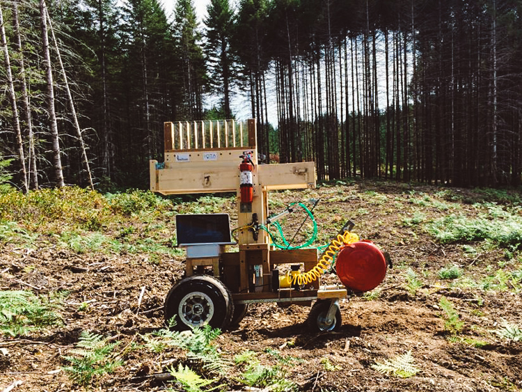 2_Robot Planting Trees