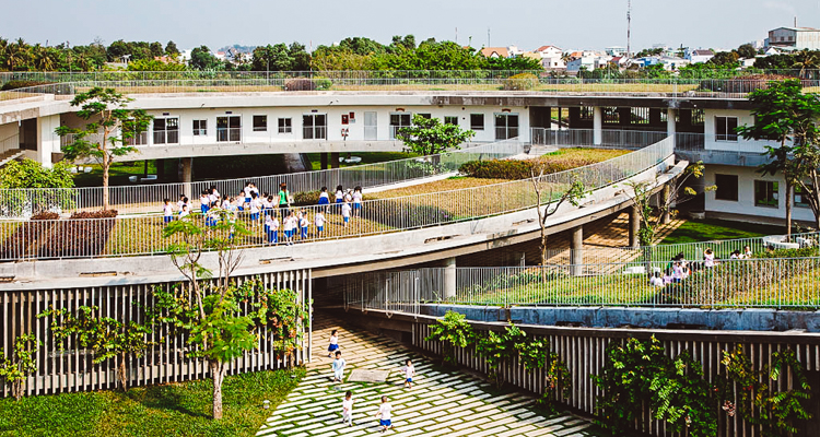 This school built an urban garden paradise on their roof