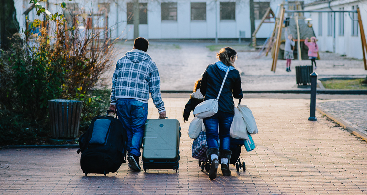 3_Airbnb-for-refugees