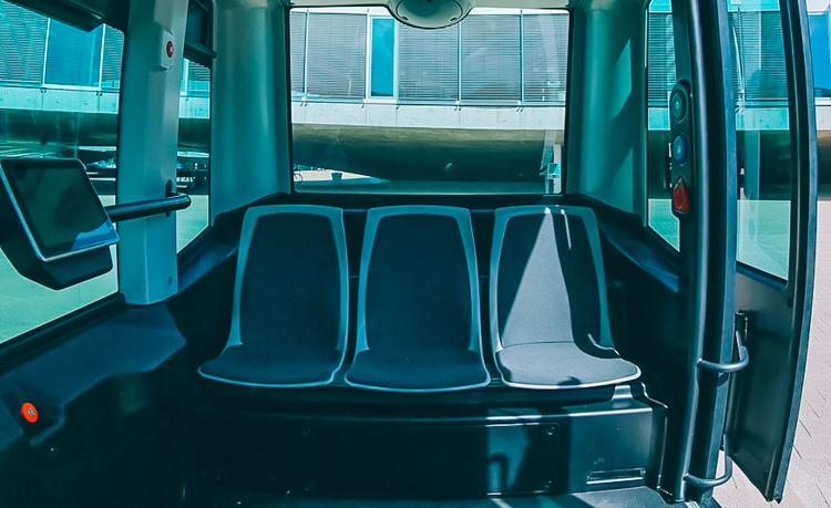 3_driverless public transit