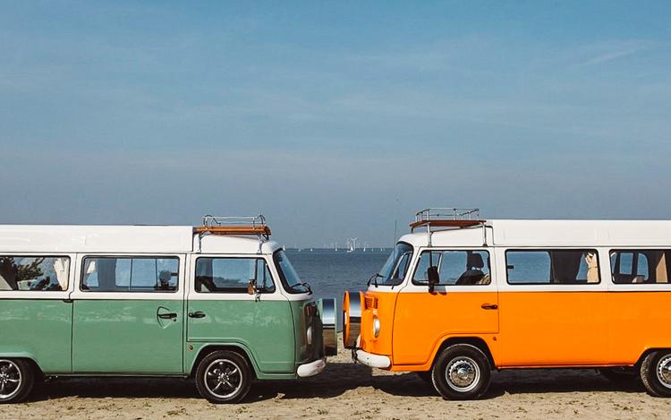 4_Volkswagen Electric Hippie Van