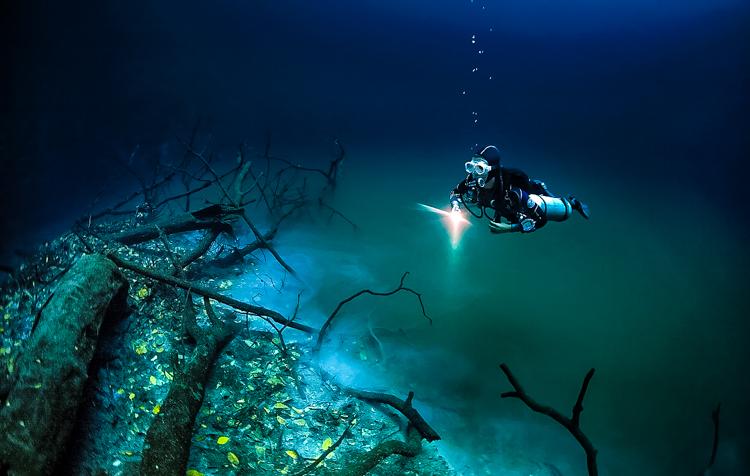 4_amazing underwater river