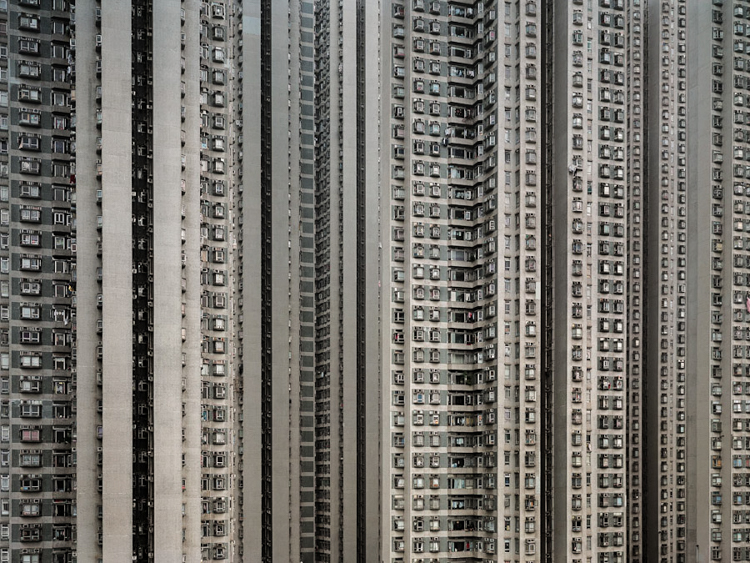 5_Hong Kong's cubicle homes