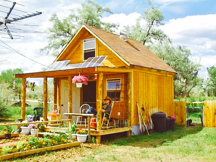 6_off-grid solar home for only $2,000