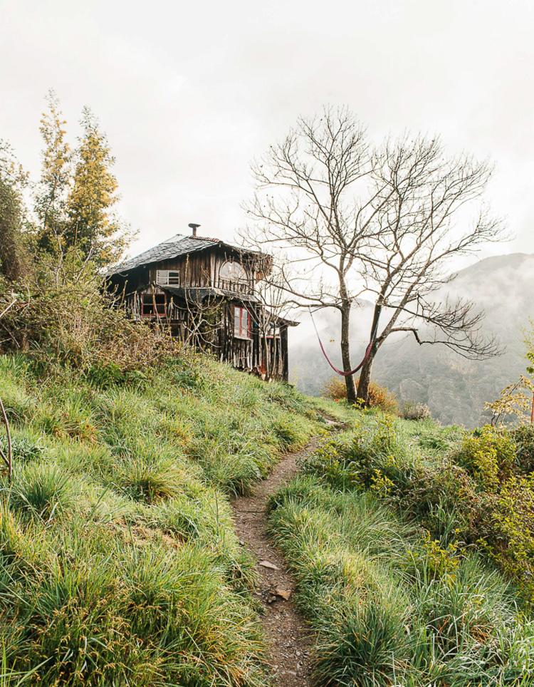 11_mountainside eco village