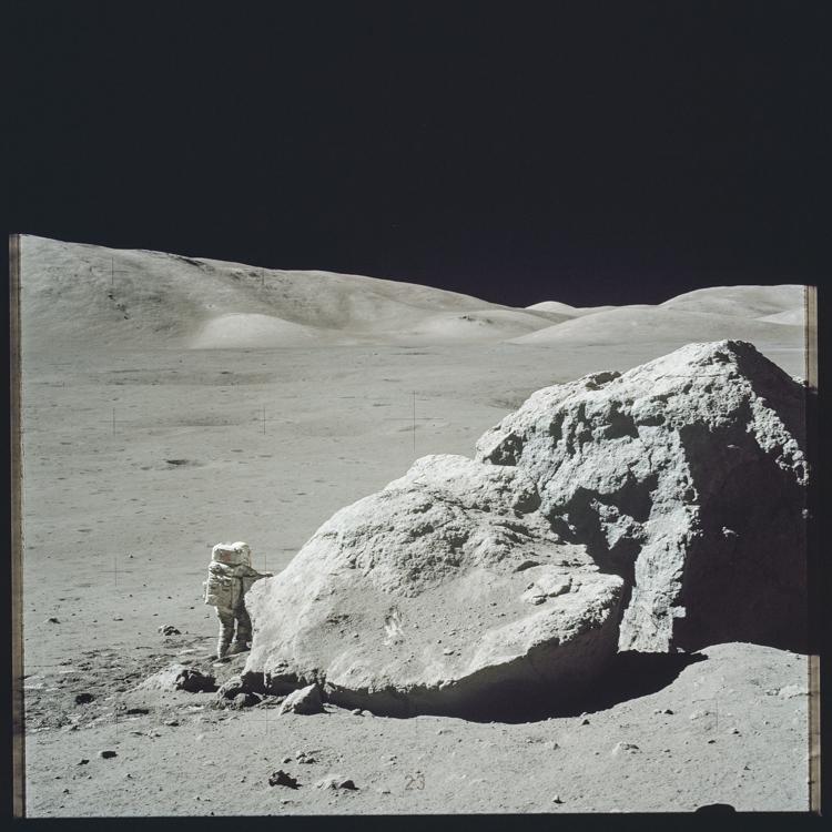 12_NASA historic photos