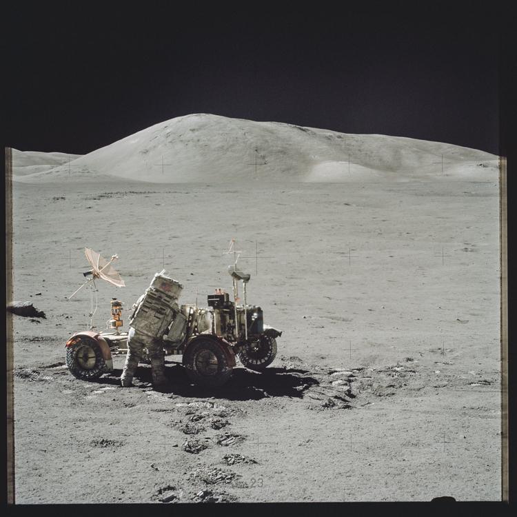 13_NASA historic photos