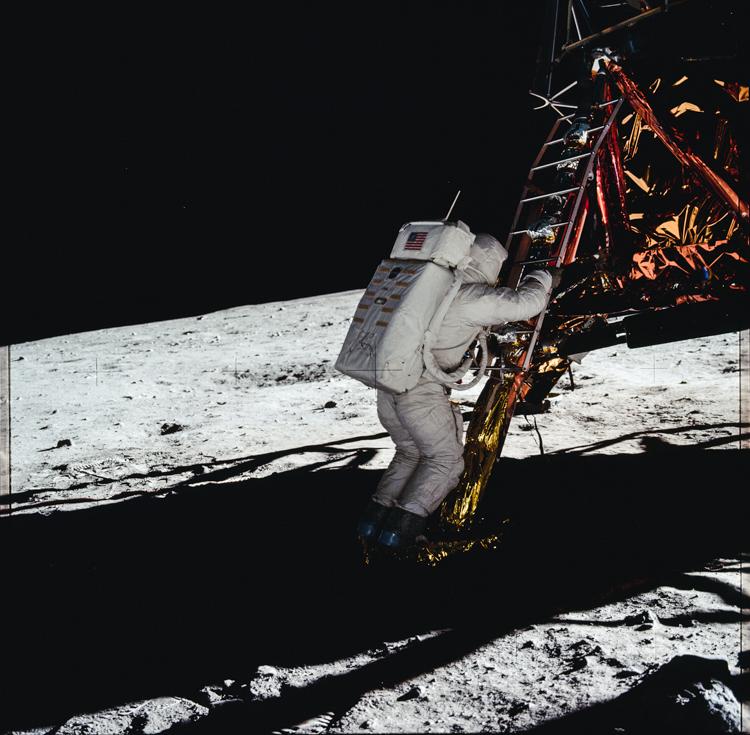 25_NASA historic photos