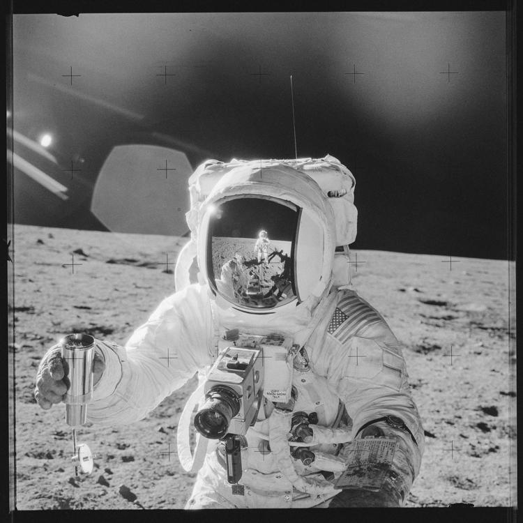 34_NASA historic photos