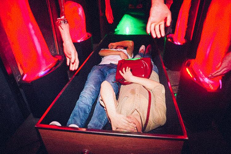 3_Chinese amusement park death simulator