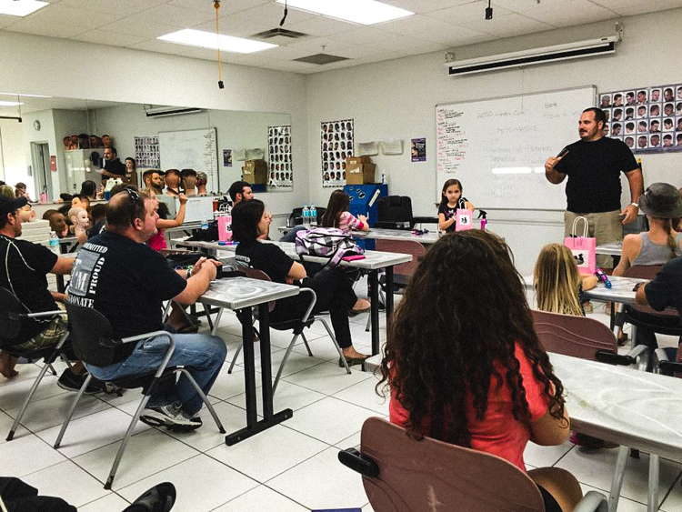 3_hairstyling class for dads with daughters