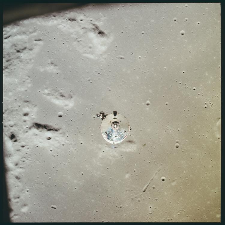 5_NASA historic photos