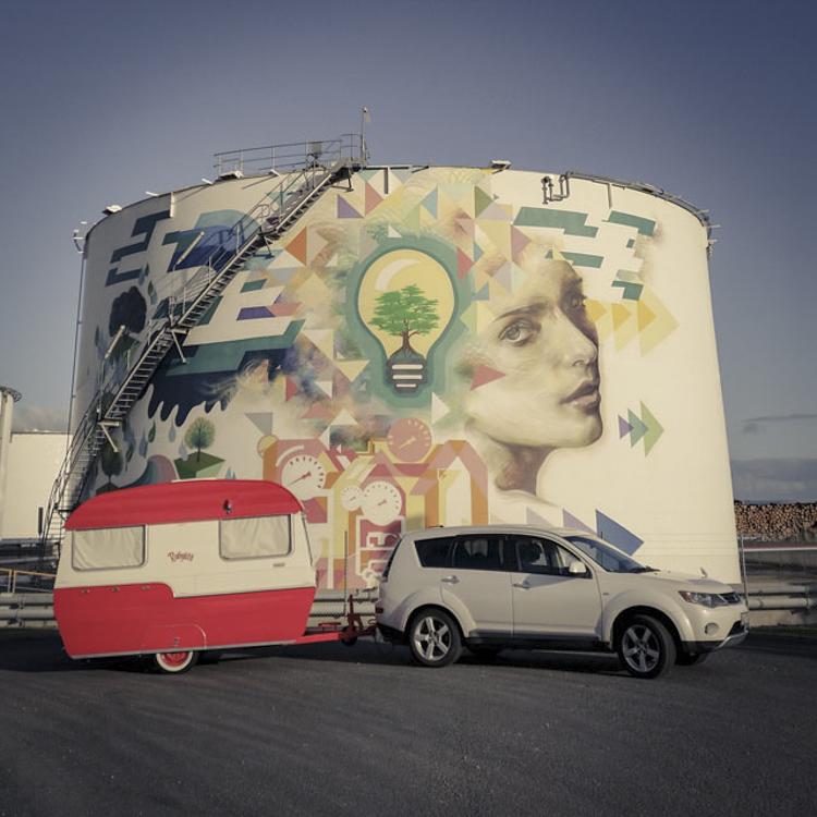 2_retro caravan darkroom