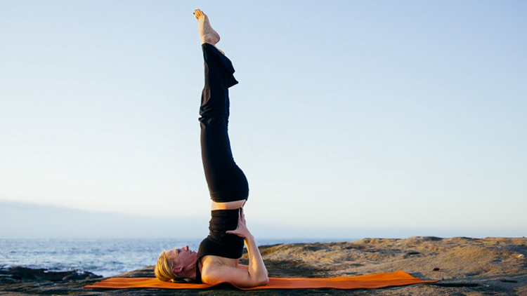 3_benefits of a headstand