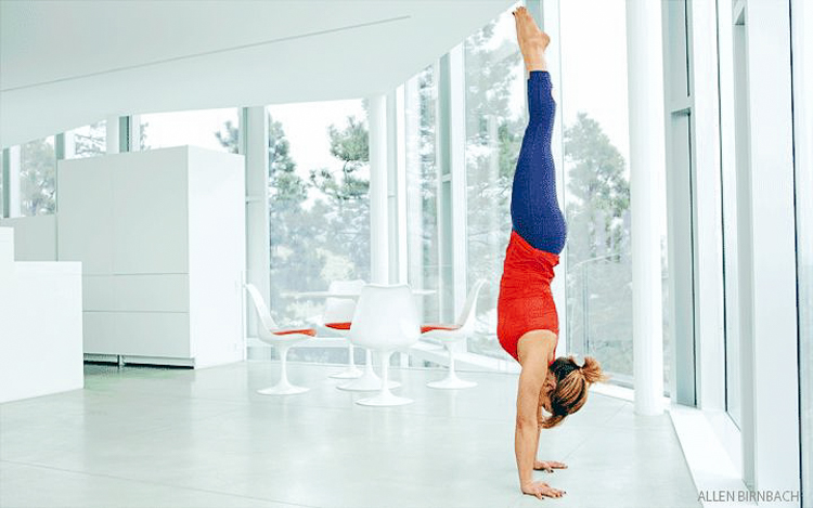 5_benefits of a headstand