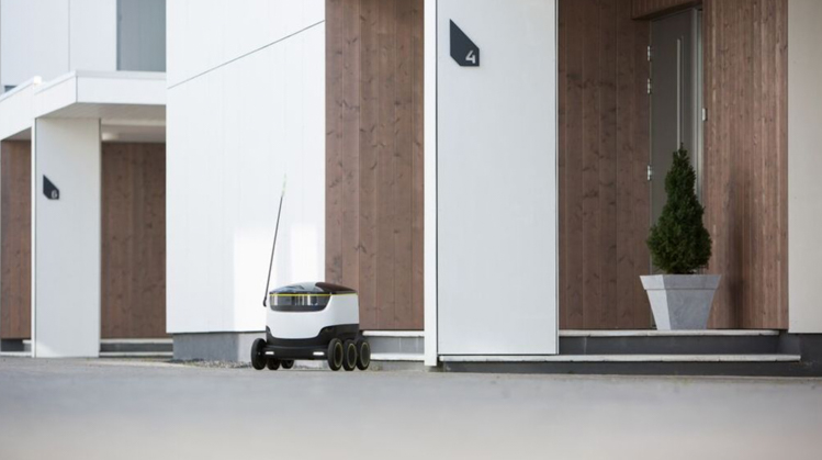 5_packages delivered by robots