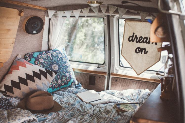 7_VW camper van couple traveling