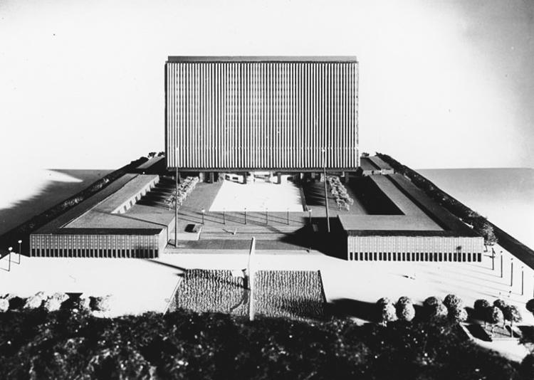 9_Toronto's 1950's design competition