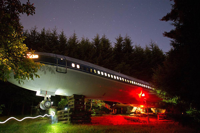 4_abandoned airplane house pacific woods