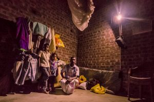 0_GravityLight to replace kerosene