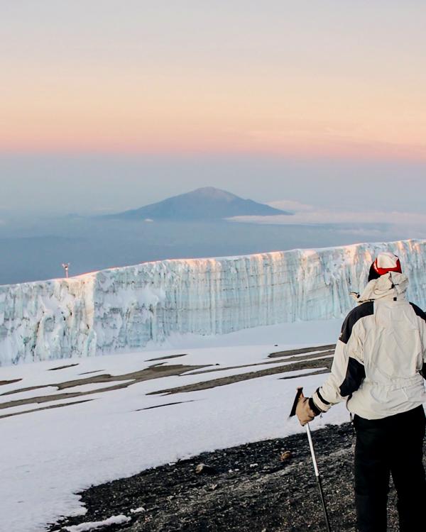 2_climbing-mount-kilimanjaro.jpg