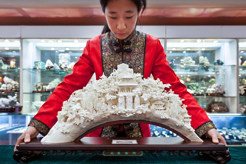 3_Hong Kong will shut down legal ivory trade