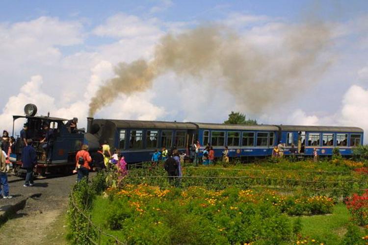 3_darjeeling railway (1 of 1)