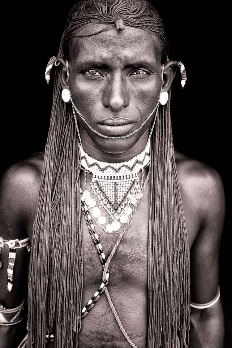 6-image(Samburu Warrior, Kenya)