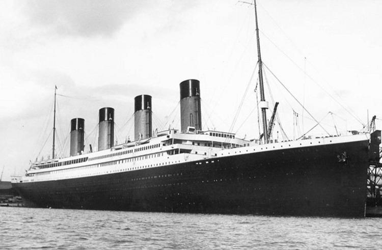 2_peek inside Titanic II