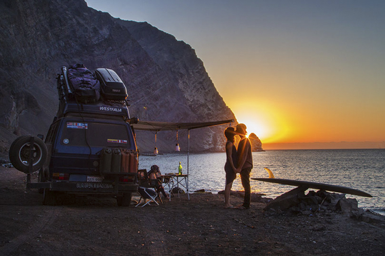5_vanlife couples
