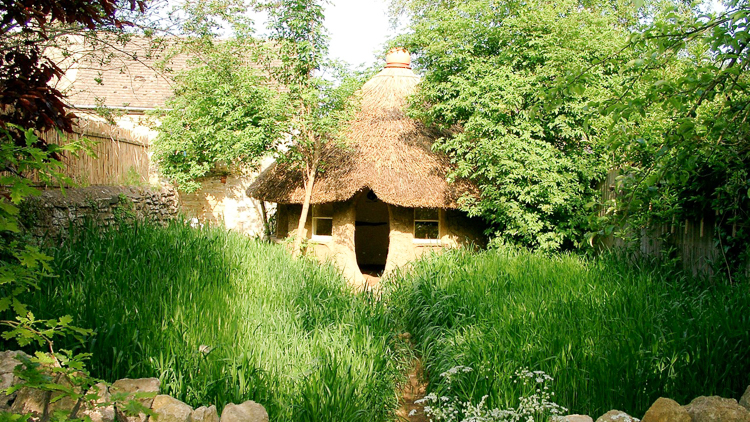 4_eco-friendly cob house for only $250