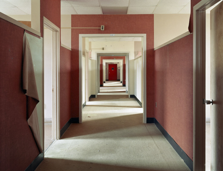 11_haunting scenes from 70 psychiatric hospitals