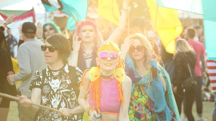 5_Music festival culture Bestial